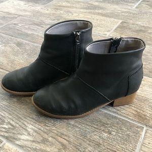 Toms Girls Leila block heel bootie black leather 3